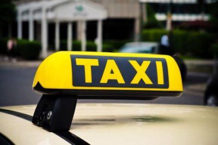 Taksówka dla seniora